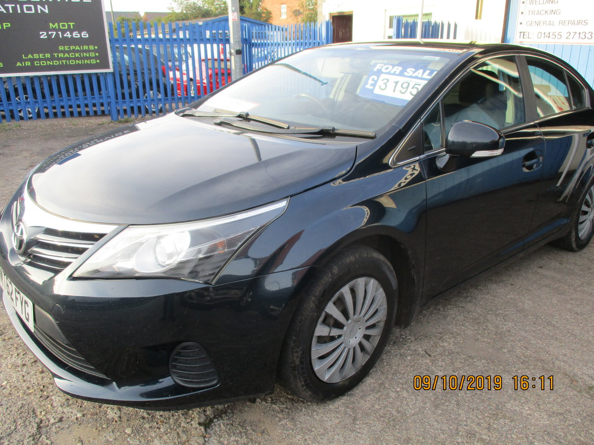 2012 62 SOUND DRIVER THIS 235K MILES TOYOTA AVENUES 4 DOOR SALOON For Sale (picture 5 of 6)
