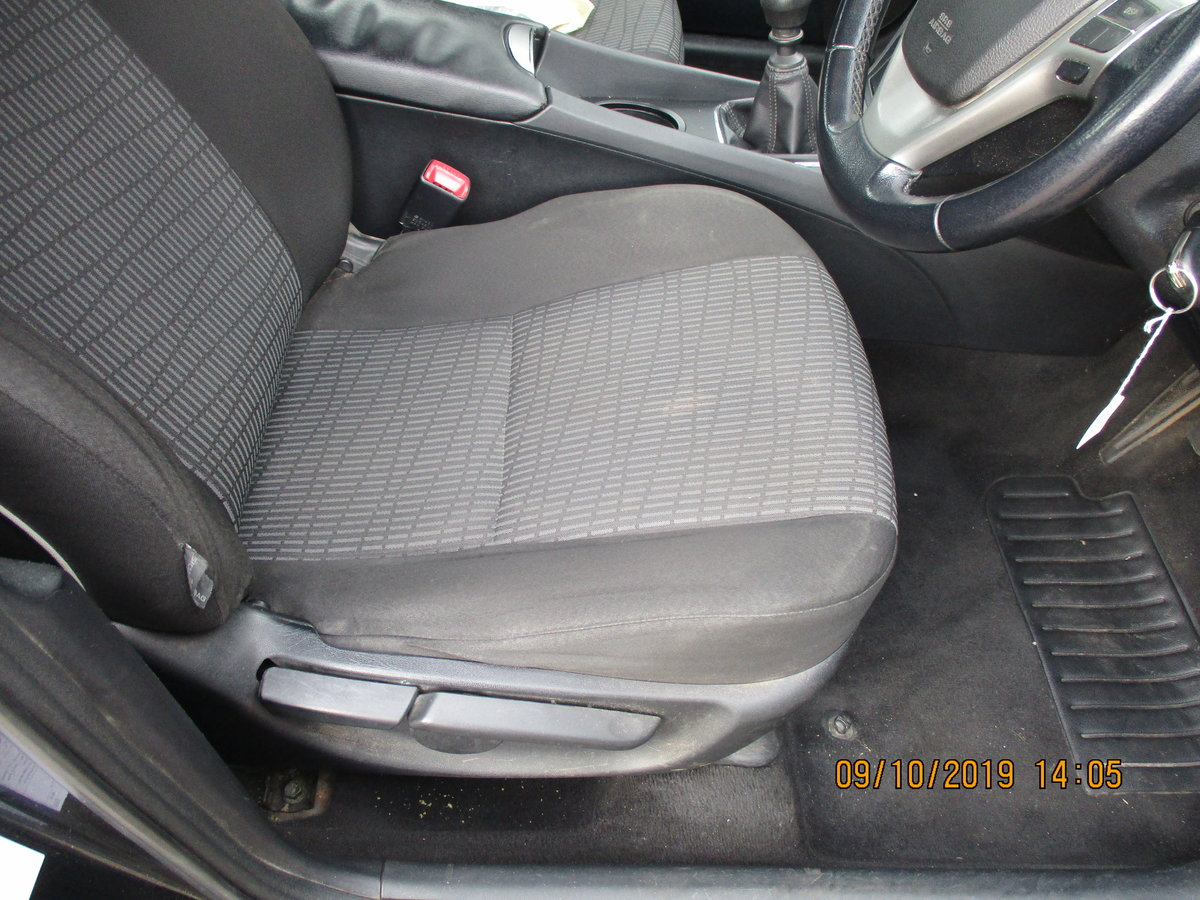 2012 62 SOUND DRIVER THIS 235K MILES TOYOTA AVENUES 4 DOOR SALOON For Sale (picture 6 of 6)