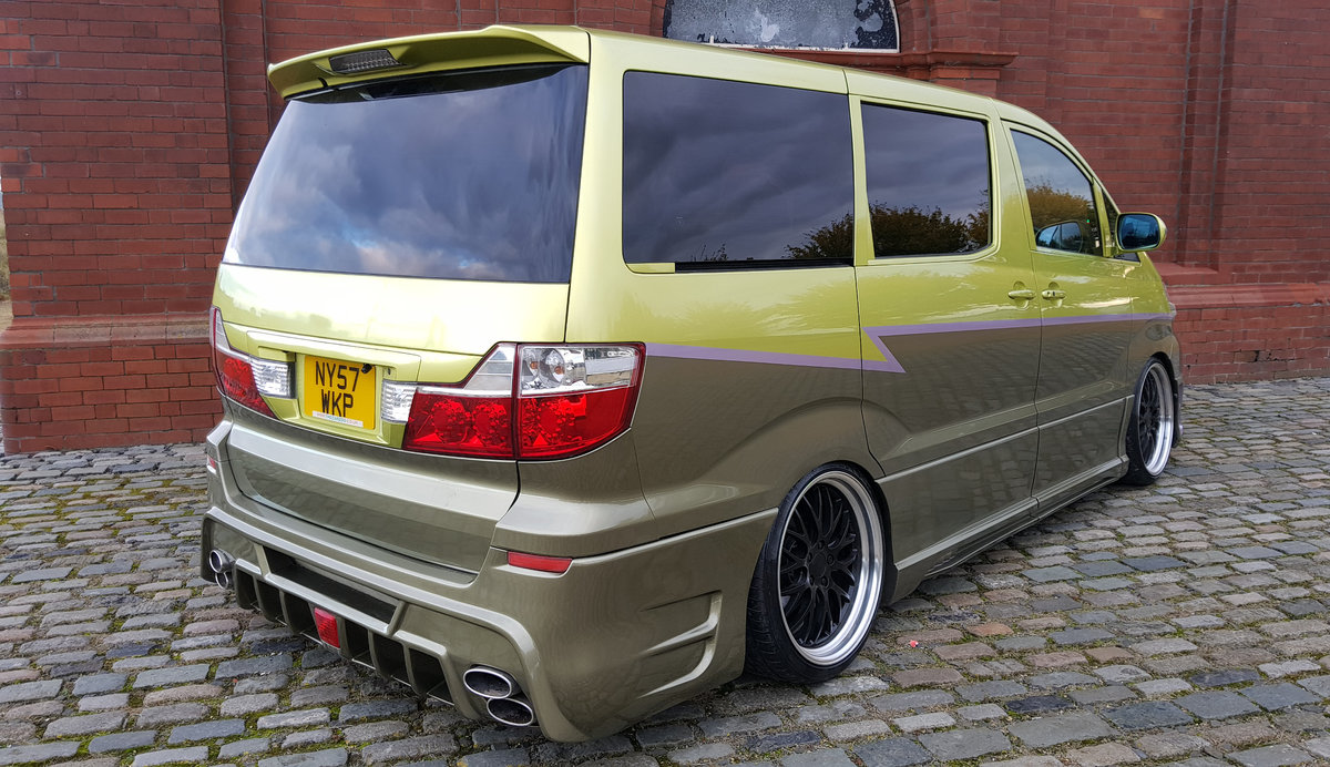 2007 TOYOTA ALPHARD CUSTOM WALD ART MUGEN BODY STYLE 2.4 AUTO For Sale (picture 2 of 6)