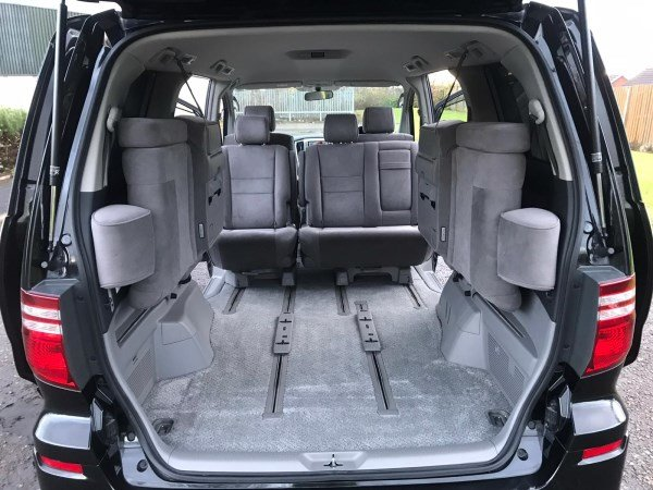 2006 Fresh Import Toyota Alphard 2.4 V Edition 2WD 8 Seats For Sale (picture 6 of 6)