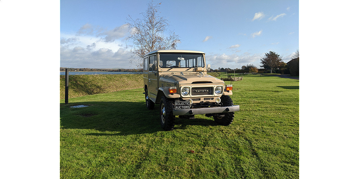 RHD 1980 Japanese factory Toyota FJ40 Land cruiser For Sale (picture 5 of 6)