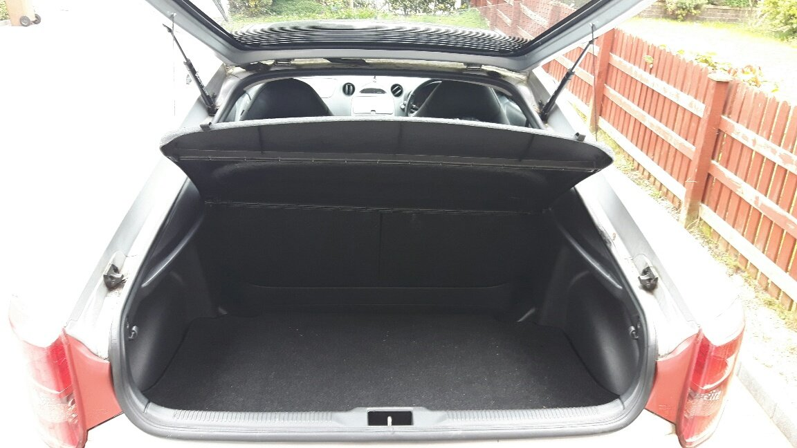 2006 Toyota Celica with only one previous owner For Sale (picture 4 of 4)