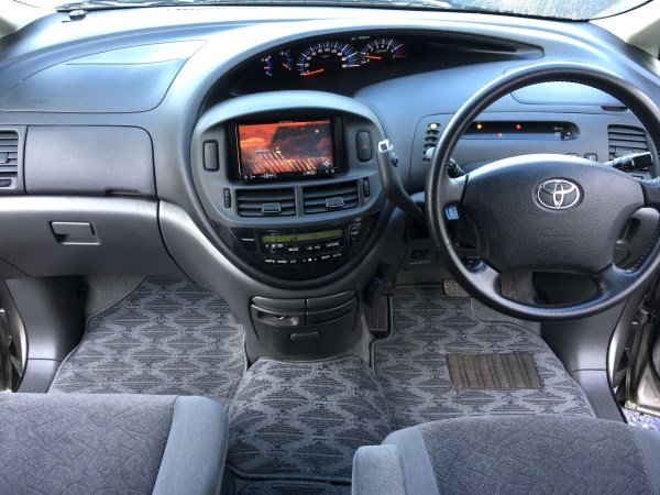 2004 FRESH IMPORT TOYOTA ESTIMA WELLFARE CAB 2.4 AUTO 8 SEAT For Sale (picture 3 of 6)