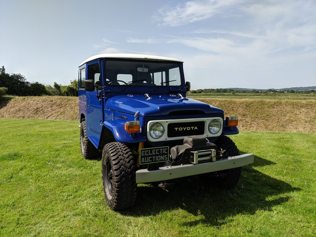 RHD 1981 Japanese factory Toyota FJ40 Landcruiser petrol 2F For Sale (picture 3 of 6)