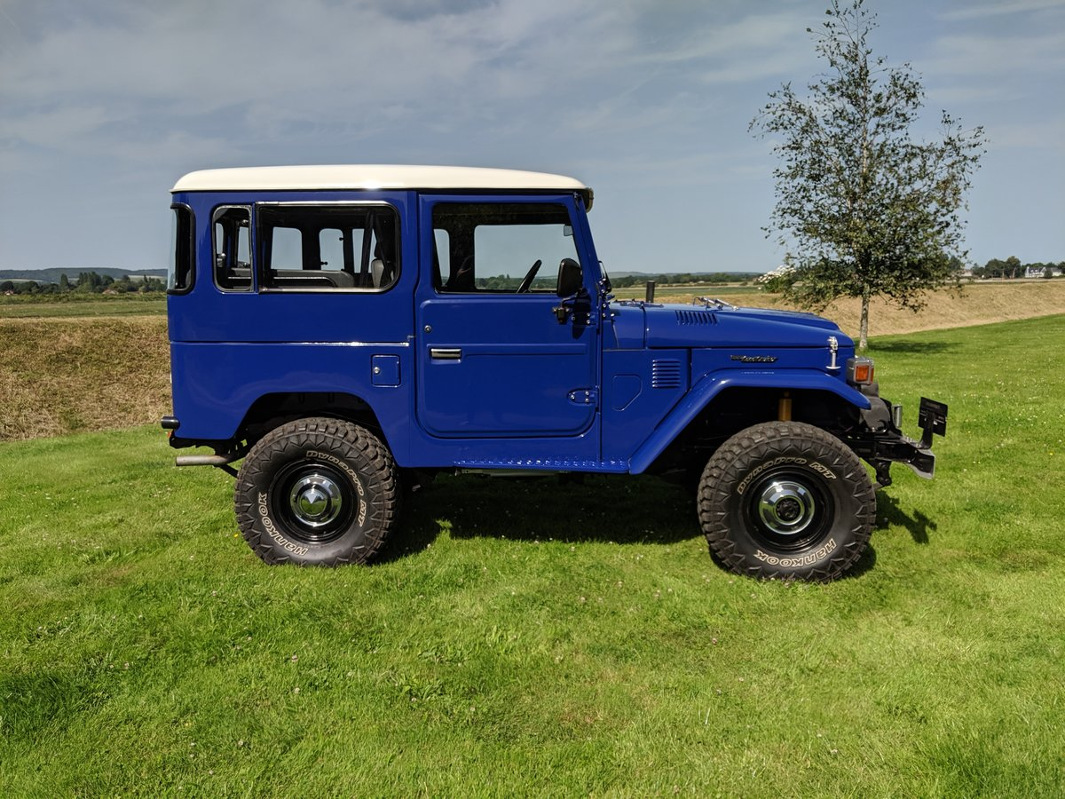RHD 1981 Japanese factory Toyota FJ40 Landcruiser petrol 2F For Sale (picture 1 of 6)