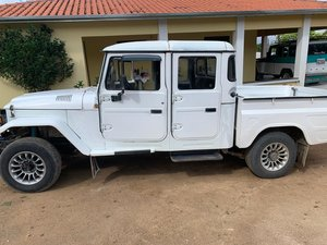 2000 Brazilian 4x4 diesel Toyota 4 doors For Sale