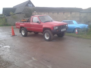 1985 Toyota hilux mk2 4x4 never welded! For Sale