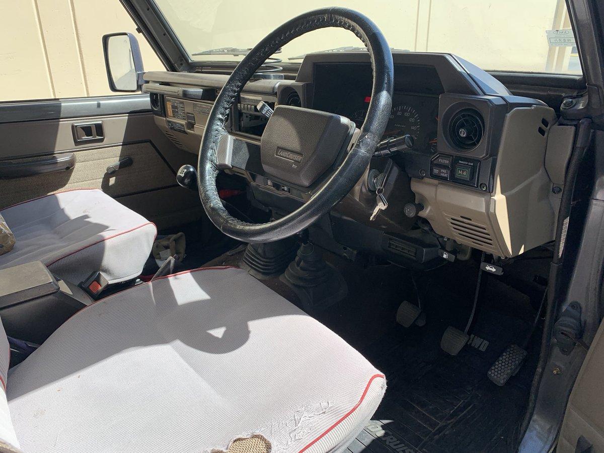 1988 Toyota Land Cruiser Series 70 Diesel RHD 3 Doors Grey(~ For Sale (picture 4 of 6)