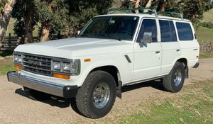 1988 Toyota Land Cruiser SUV Gas Auto Ivory LHD $21k  For Sale