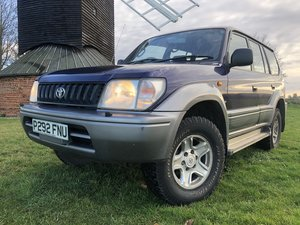 Toyota Landcruiser Colorado 1 pre owner full service history