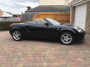 2005 Origional low miles MR2 Roadster FTSH