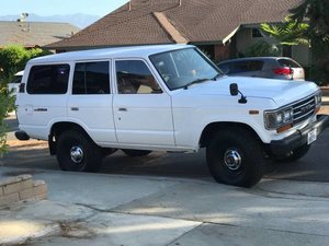 1989 1988 Toyota Land Cruiser RHD Rare 5 Doors Ivory solid $22k For Sale