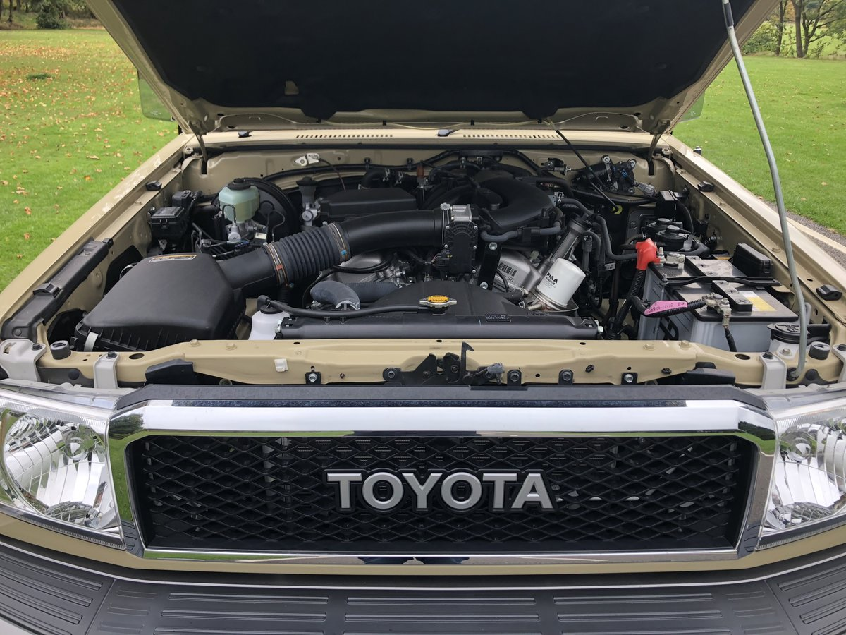 2015 Toyota Land Cruiser 30th Anniversary 70 serie For Sale (picture 4 of 6)