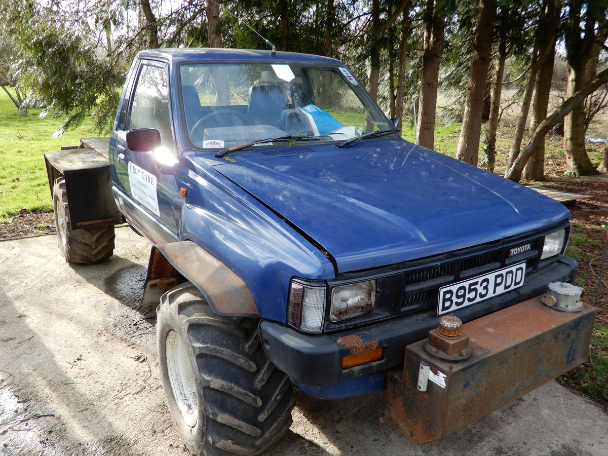 1985 Toyota Hilux Mk2 Low Mileage For Sale (picture 6 of 6)