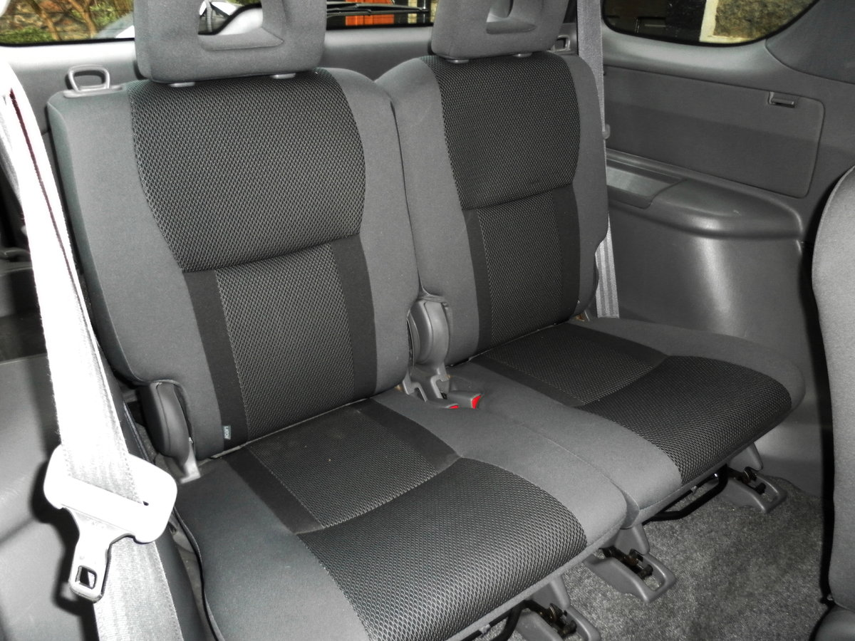 2002 Toyota rav4 incredibly maintained  (11 s/stamps) For Sale (picture 4 of 6)