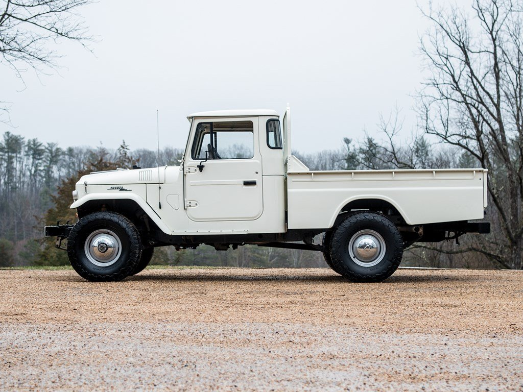 1965 Toyota FJ45 Land Cruiser Custom by TLC 44 For Sale by Auction (picture 5 of 6)