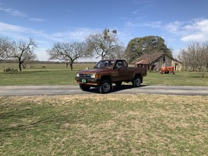 Picture of 1988 TOYOTA SR-5 XTRACAB 4X4, CLEAN, PS, PB, A/C SOLD