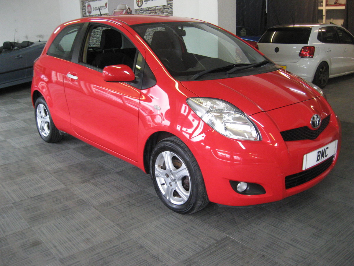 2010 10-reg Toyota Yaris 1.4D-4D TR For Sale (picture 1 of 6)