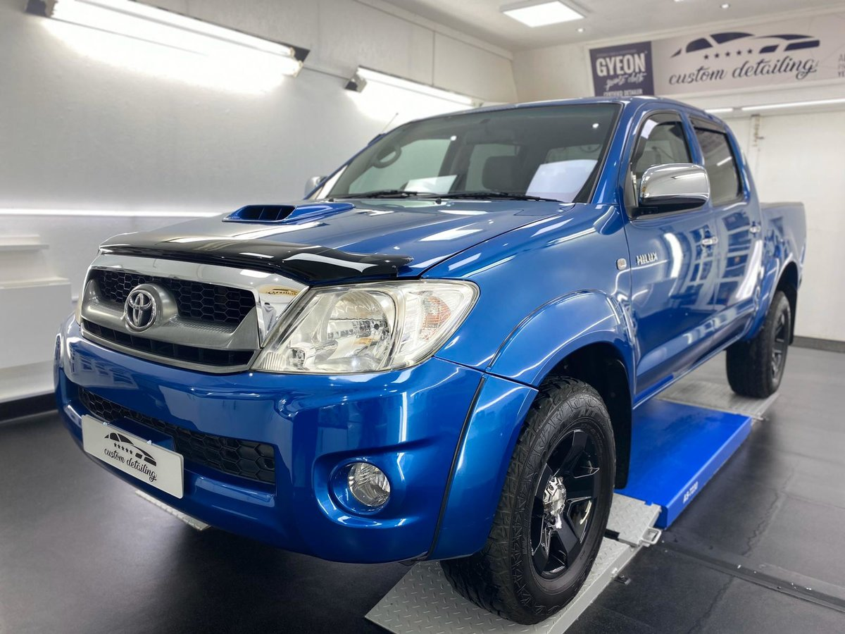 2010 Toyota Hilux King Cab 4x4 For Sale (picture 2 of 6)