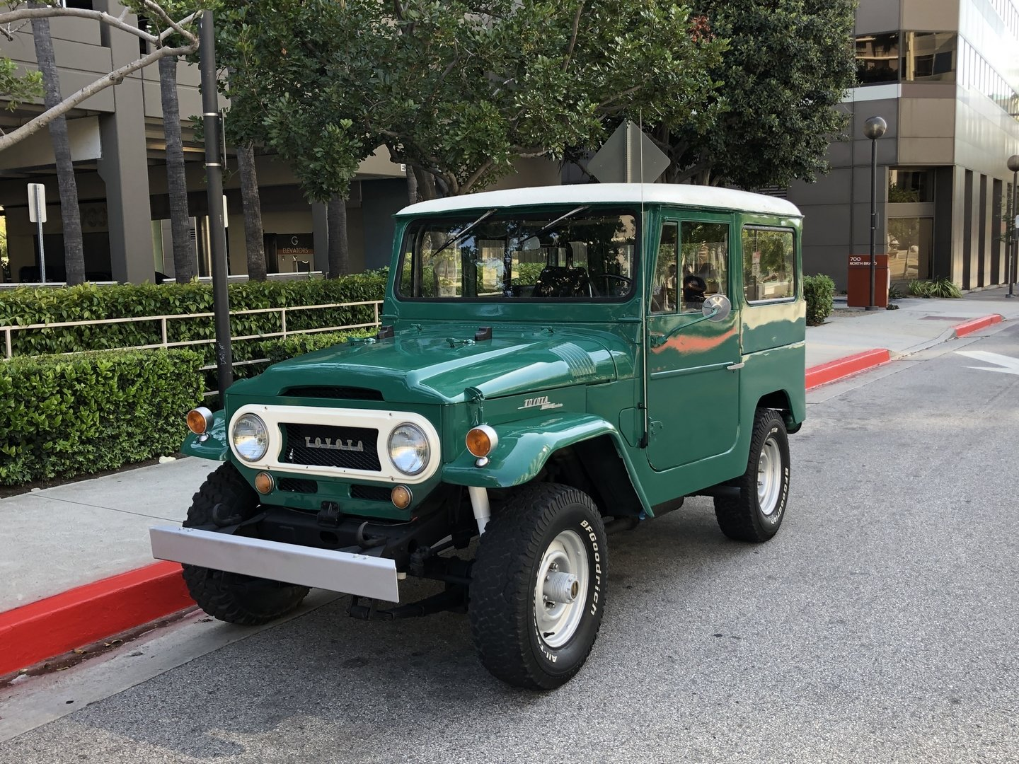1969 TOYOTA LAND CRUISER FJ 40 For Sale (picture 1 of 6)