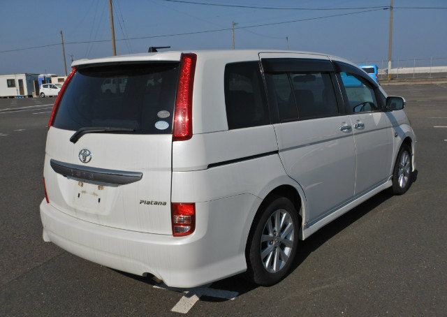 TOYOTA ISIS 2009 PLATANA 2.0 AUTOMATIC * 7 SEATER * POWER ST For Sale (picture 2 of 6)