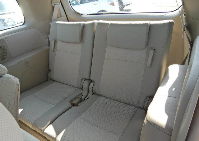 TOYOTA ISIS 2009 PLATANA 2.0 AUTOMATIC * 7 SEATER * POWER ST For Sale (picture 5 of 6)