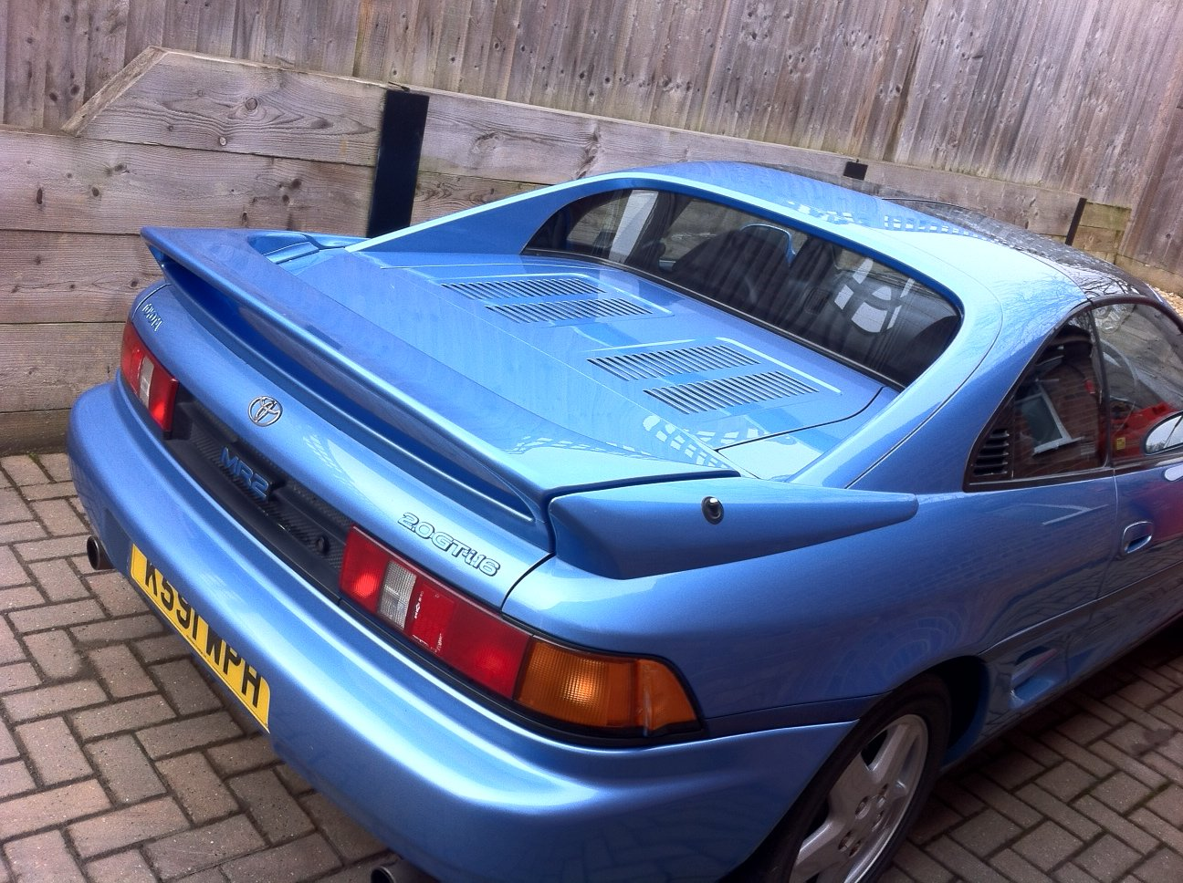 1992 MR2 gt t-bar. Leather. air-con. 79k miles. For Sale (picture 3 of 5)