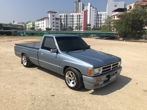 1987 Toyota Hilux LN56 1JZ For Sale
