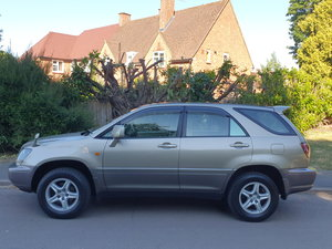 Toyota Harrier 3.0 V6 24v.. Lexus RX.. Low Miles + Top Spec