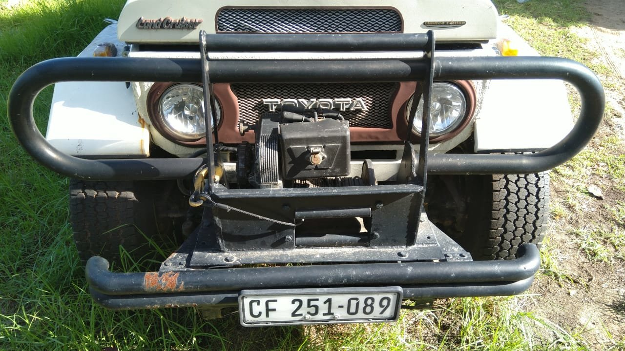 1980 Toyota Land cruiser FJ45 RHD crew cab pick up For Sale (picture 4 of 6)