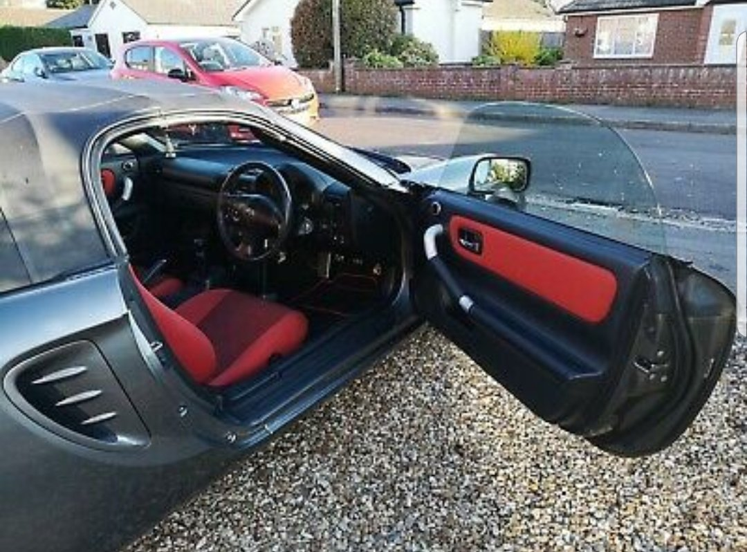 2006 Toyota MR2 Great example, rare colour seat combo For Sale (picture 4 of 6)