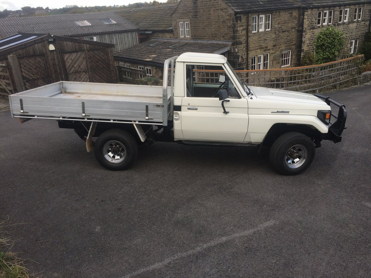 1990 Toyota HZJ 79 Landcruiser pickup For Sale (picture 6 of 6)