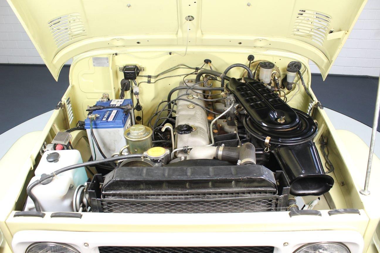 Toyota Landcruiser FJ40 1983 restored For Sale (picture 4 of 6)