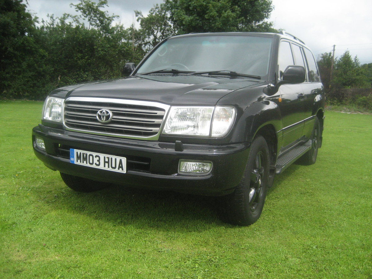 2003 Toyota Landcruiser LPG Bi Fuel Only two owners SOLD (picture 1 of 6)