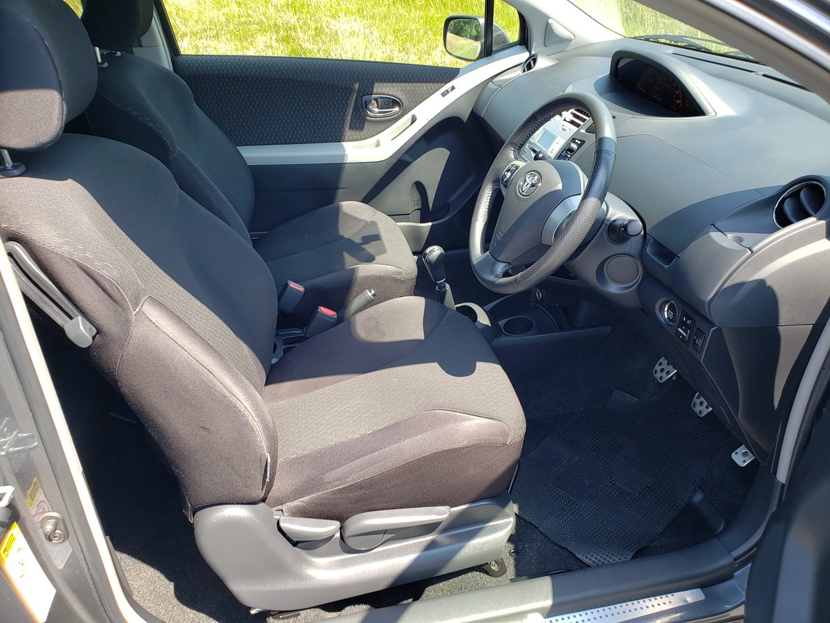 2008 Rare toyota yaris 1.6 sr sport 3 door hatch For Sale (picture 4 of 6)