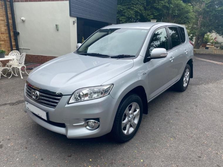 £7,495 : 2010 TOYOTA RAV 2.2 D-CAT XTR For Sale (picture 1 of 6)