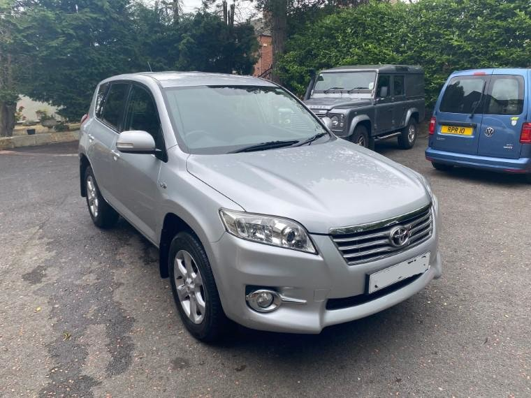 £7,495 : 2010 TOYOTA RAV 2.2 D-CAT XTR For Sale (picture 2 of 6)
