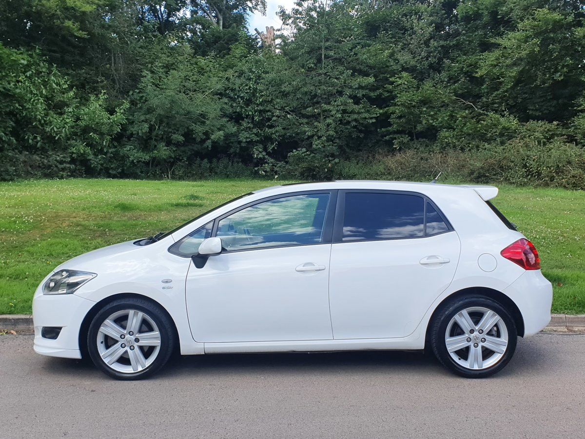 2007 Toyota Auris T180 2.2 D-4D.. Factory Kit.. 6 Speed Manual SOLD (picture 1 of 6)