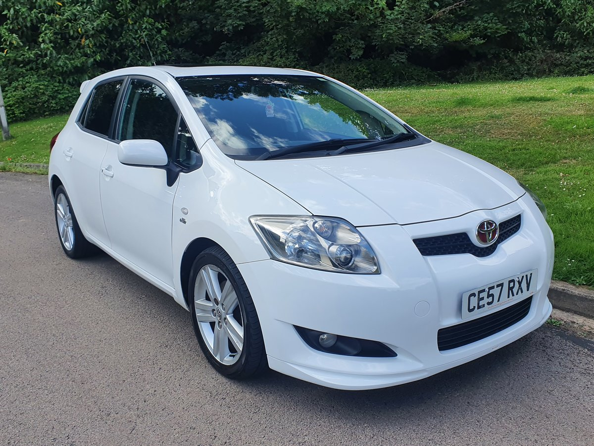 2007 Toyota Auris T180 2.2 D-4D.. Factory Kit.. 6 Speed Manual SOLD (picture 2 of 6)