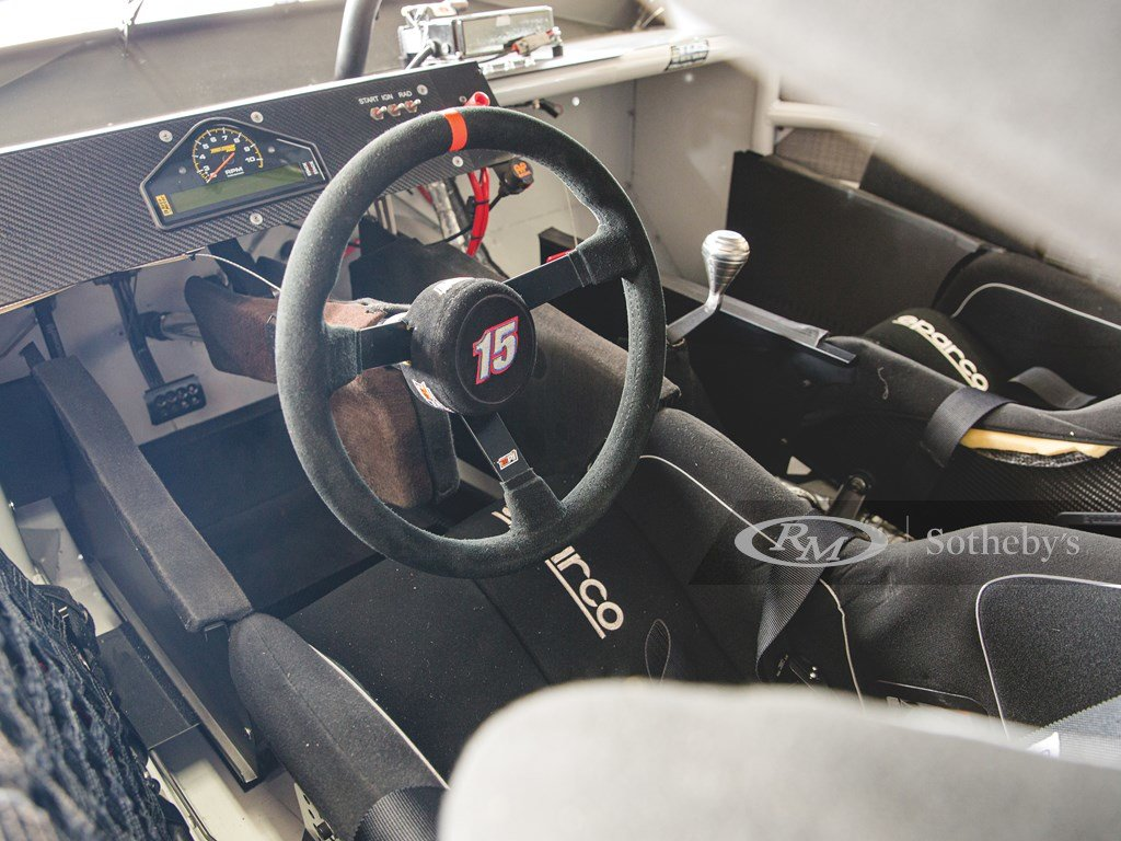 2014 Toyota Camry NASCAR  For Sale by Auction (picture 4 of 6)