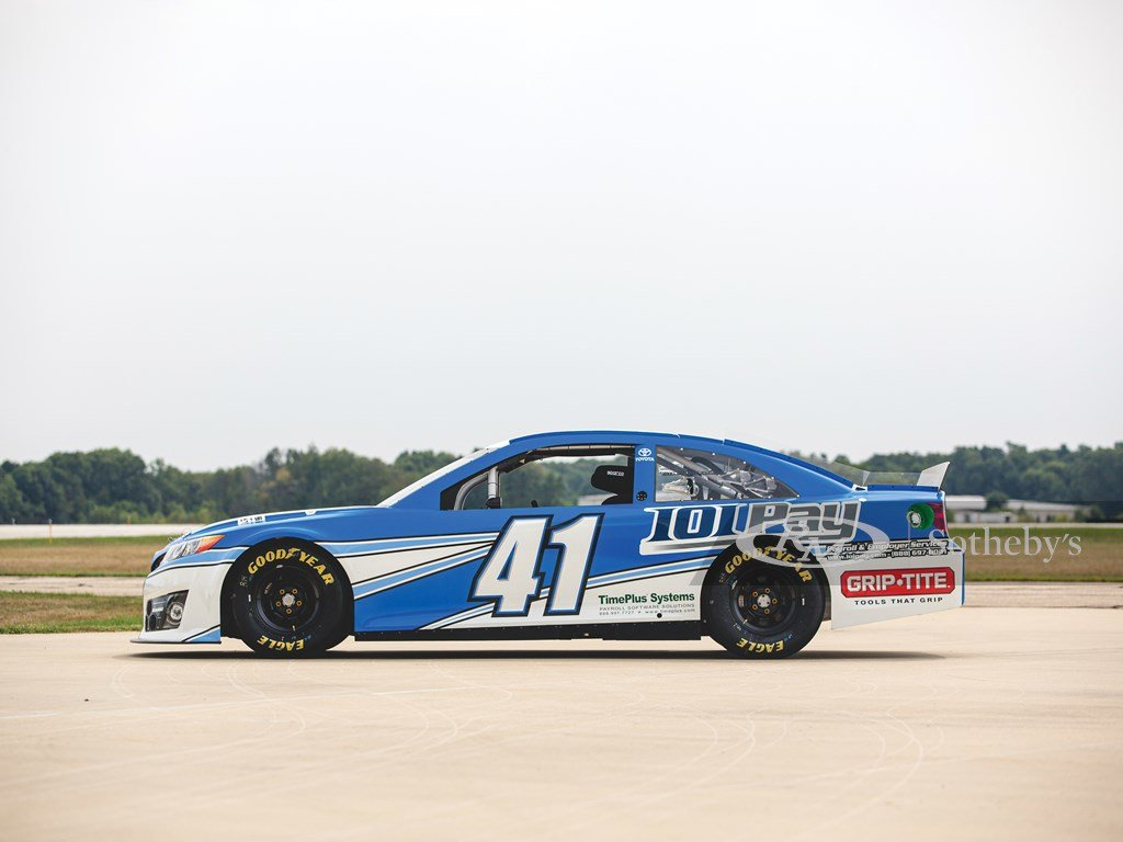 2014 Toyota Camry NASCAR  For Sale by Auction (picture 5 of 6)
