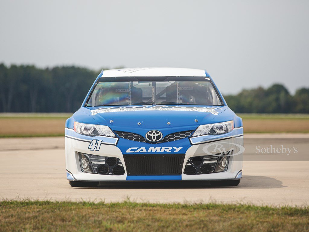 2014 Toyota Camry NASCAR  For Sale by Auction (picture 6 of 6)
