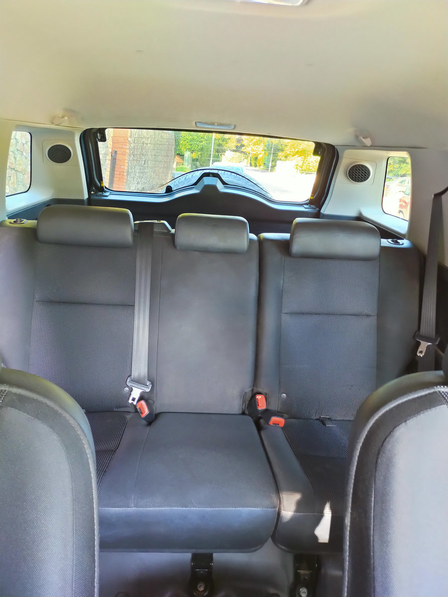 2013 Toyota FJ Cruiser 4.0 V6 (Left Hand Drive) For Sale (picture 5 of 6)