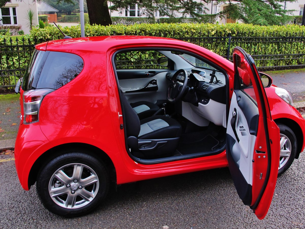 TOYOTA iQ2 AUTOMATIC 2014/64 1 OWNER  For Sale (picture 4 of 6)