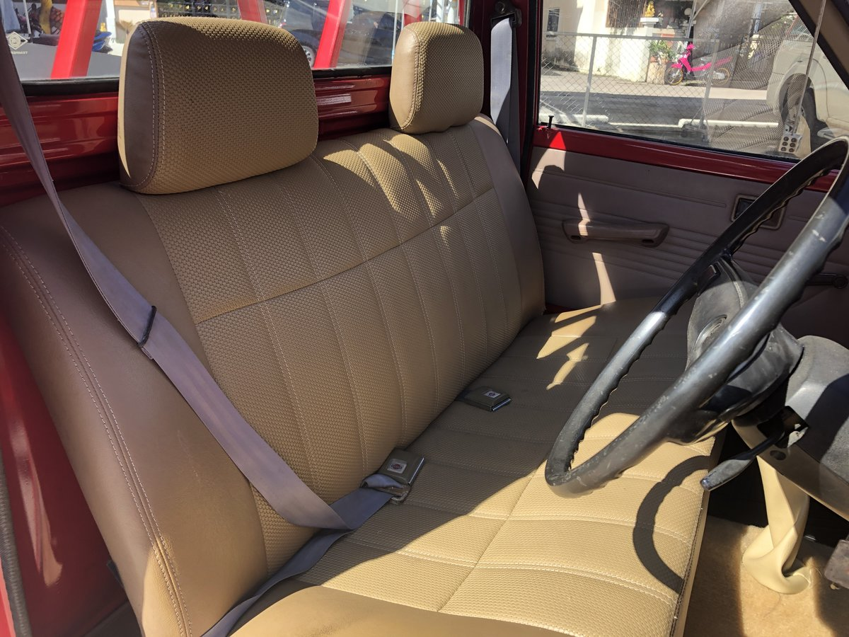 1977 Toyota Hilux RN25 For Sale (picture 3 of 6)