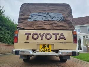 Picture of 1982 TOYOTA Hilux Mk1 Single Cab Pick Up LN30R-KR