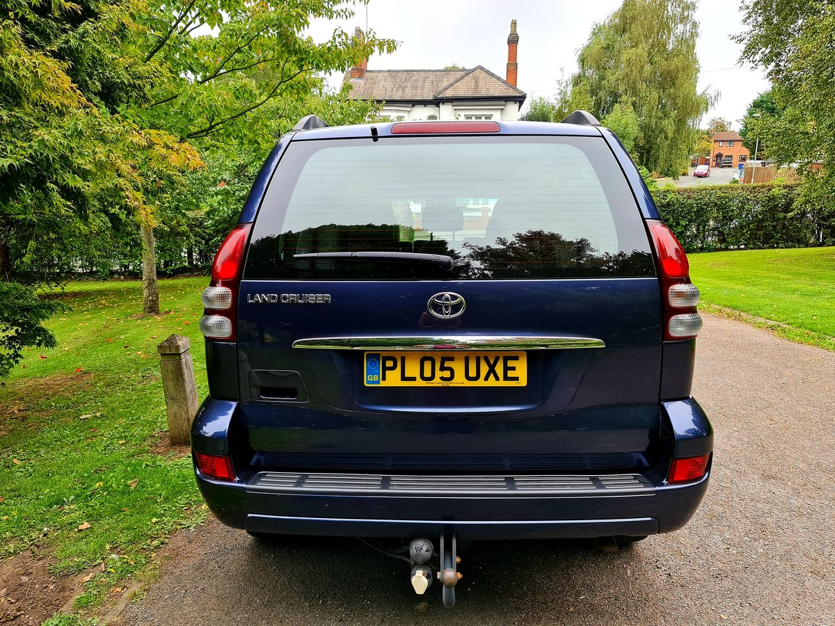 2005 Wow! blue toyota landcruiser lc5! low miles! For Sale (picture 4 of 6)
