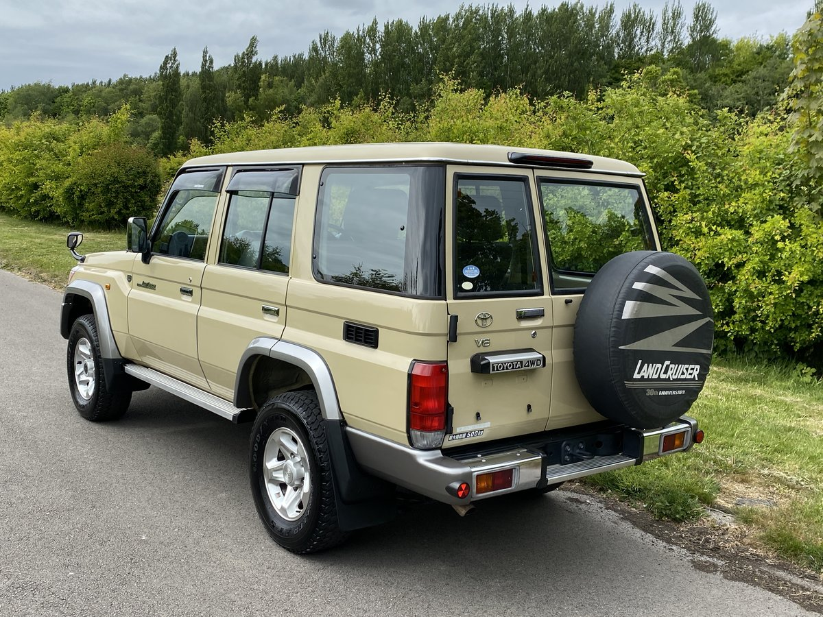 2015 Toyota Landcruiser 70 series 30th Aniversary For Sale (picture 5 of 6)