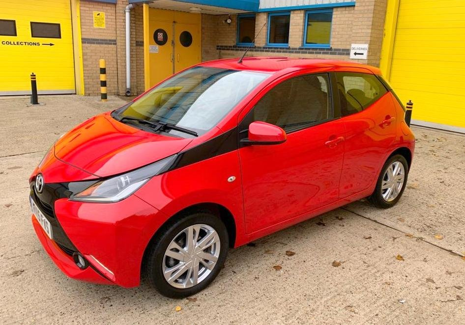 Toyota Aygo X-Pression 2015, 13,000 Miles For Sale (picture 2 of 6)