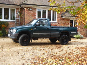 Picture of 2001 Toyota Hilux 2.4 D Single Cab 4x4 1 x Owner FSH